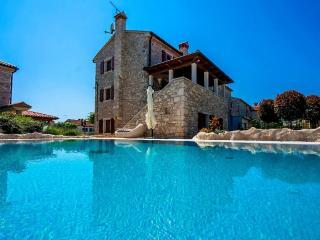 Nice 2 bedroom Umag Villa with Internet Access - Umag vacation rentals