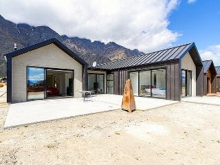 Jacks Point Retreat - Lower Shotover vacation rentals