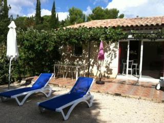 Cozy 3 bedroom Montauroux House with Internet Access - Montauroux vacation rentals