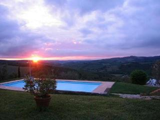 Nice Condo with Internet Access and Shared Outdoor Pool - Castellina In Chianti vacation rentals