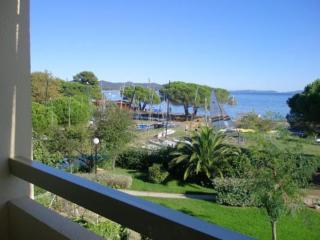 Beautiful La Londe Les Maures Apartment rental with Television - La Londe Les Maures vacation rentals
