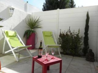 Nice Avignon Apartment rental with Internet Access - Avignon vacation rentals