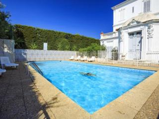2 bedroom Villa with Internet Access in Boulouris - Boulouris vacation rentals