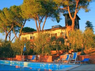 Lovely Barberino Val d' Elsa Apartment rental with Shared Outdoor Pool - Barberino Val d' Elsa vacation rentals