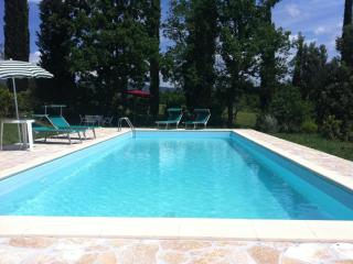Beautiful Condo with Shared Outdoor Pool and Television - Larciano vacation rentals
