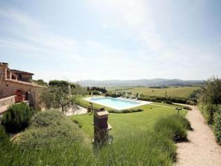 Nice Condo with Internet Access and A/C - Colle di Val d'Elsa vacation rentals