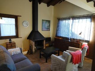 2 bedroom House with Television in Err - Err vacation rentals