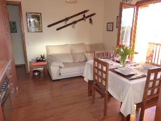 2 bedroom Apartment with Stove in Font-Romeu - Font-Romeu vacation rentals