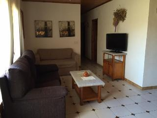 Perfect Condo with Microwave and Washing Machine - Bellver de Cerdanya vacation rentals