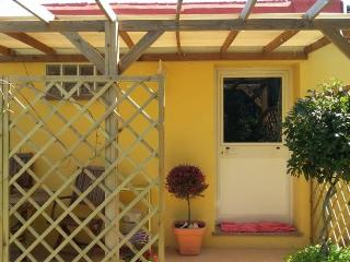Cozy 2 bedroom House in Sorso with Internet Access - Sorso vacation rentals