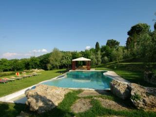 Perfect Condo in Montepulciano with Internet Access, sleeps 1 - Montepulciano vacation rentals