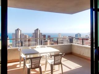 Central apartment in Benidorm, Costa Blanca, w private terrace, sea view & pool, 400m from the beach - Benidorm vacation rentals