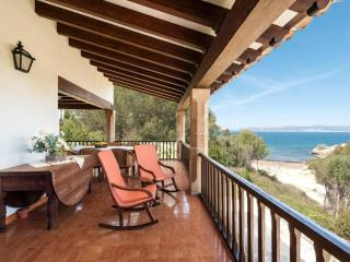 Lovely Condo with Internet Access and A/C - Cala Blava vacation rentals