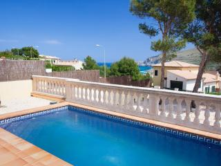 Bright 4 bedroom Cala Mesquida House with Internet Access - Cala Mesquida vacation rentals