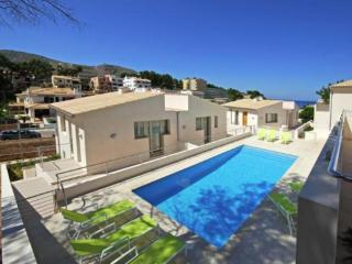 Beautiful Cala San Vincente Apartment rental with Internet Access - Cala San Vincente vacation rentals