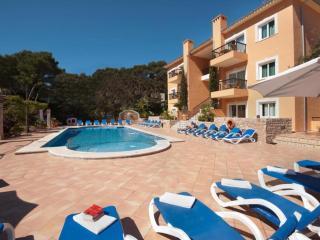 Pinal T2 Roble - Cala San Vincente vacation rentals