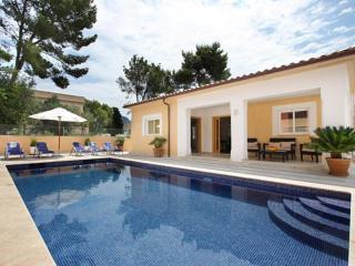 Nice Cala San Vincente Apartment rental with Internet Access - Cala San Vincente vacation rentals