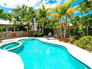 Captain's Quarters Spinnakers: 3BR Pool Home - Holmes Beach vacation rentals