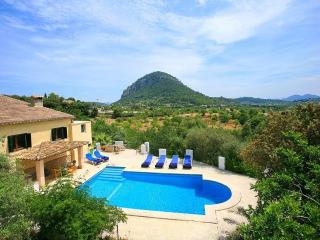 Beautiful House with Garden and A/C - Pollenca vacation rentals