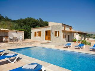 Lovely 3 bedroom Vacation Rental in Pollenca - Pollenca vacation rentals