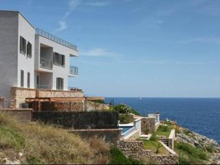2 bedroom Villa with Internet Access in Porto Cristo - Porto Cristo vacation rentals