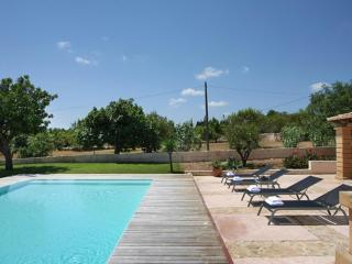Nice Villa with Internet Access and Dishwasher - Porto Cristo vacation rentals