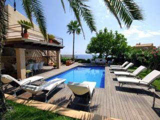 - Porto Cristo vacation rentals