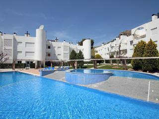 Cozy 3 bedroom Formentor Condo with Dishwasher - Formentor vacation rentals