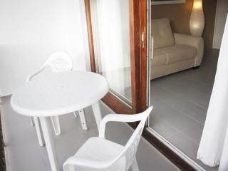 Nice Condo with Shared Outdoor Pool and Stove - Puerto Pollensa vacation rentals