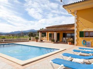 Beautiful 4 bedroom Vacation Rental in Sa Pobla - Sa Pobla vacation rentals