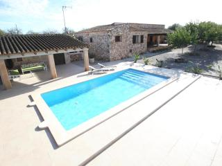 Nice Condo with Internet Access and A/C - Vilafranca de Bonany vacation rentals