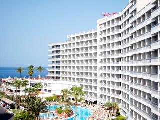 Comfortable Condo with A/C and Shared Outdoor Pool - Playa de las Americas vacation rentals