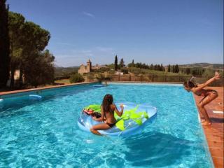 Cozy Monte Antico Condo rental with Shared Outdoor Pool - Monte Antico vacation rentals