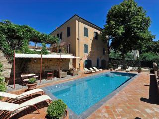 Nice 5 bedroom Villa in Fabbrica di Peccioli - Fabbrica di Peccioli vacation rentals