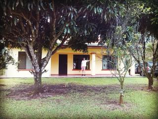 Quiet House on the waterfall road - La Fortuna de San Carlos vacation rentals