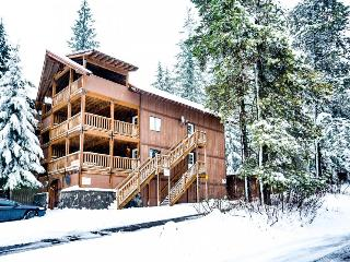 Expansive dog-friendly home w/private sauna, room for 32! - Government Camp vacation rentals