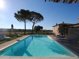 Nice Condo with Internet Access and Shared Outdoor Pool - Paciano vacation rentals