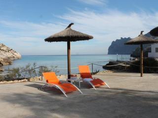 Cozy Cala San Vincente Condo rental with Internet Access - Cala San Vincente vacation rentals