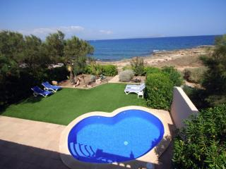 Lovely 3 bedroom House in Colonia Sant Pere - Colonia Sant Pere vacation rentals