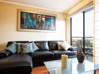 We offer aparts w/ balcony, pool close Larcomar ! - Lima vacation rentals