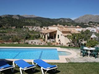 Nice Condo with A/C and Shared Outdoor Pool - Pollenca vacation rentals