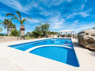 4 bedroom House with Internet Access in Santa Margalida - Santa Margalida vacation rentals