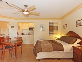 The Goodlife B&B The Executive Suite - Lesmurdie vacation rentals
