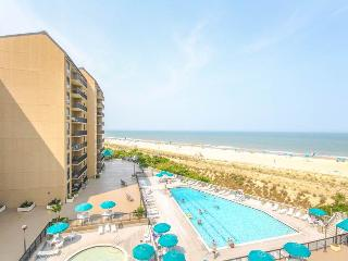 Cozy 2 bedroom Bethany Beach Apartment with Waterfront - Bethany Beach vacation rentals