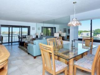Buttonwood 945 - Siesta Key vacation rentals