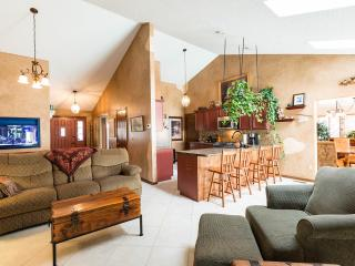 5 bedroom House with Deck in Colorado Springs - Colorado Springs vacation rentals