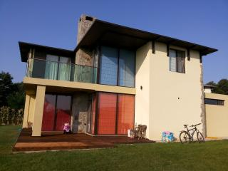 4 beds sea view villa for 14 person - Osenovo vacation rentals