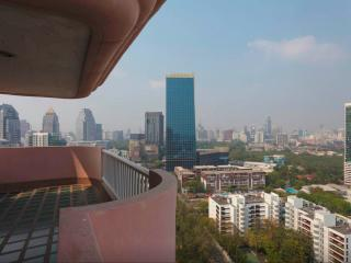 High floor Central 2 bedrooms apartment in Bangkok - Bangkok vacation rentals