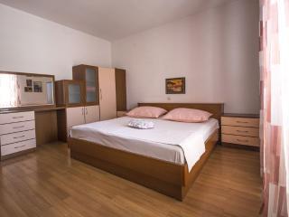 Beautiful apartment near beach - Tucepi vacation rentals