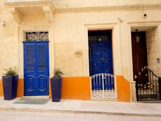 Charming Apartment in Birgu - Birgu (Vittoriosa) vacation rentals